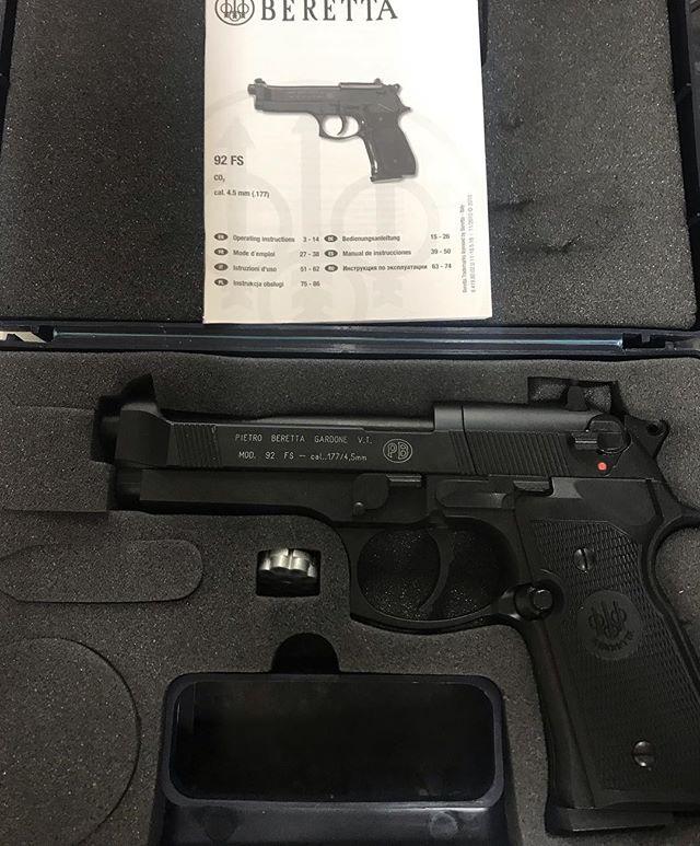Beretta Gardone Mod 92 FS Co2 Air Pistol